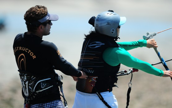 aula de kitesurf